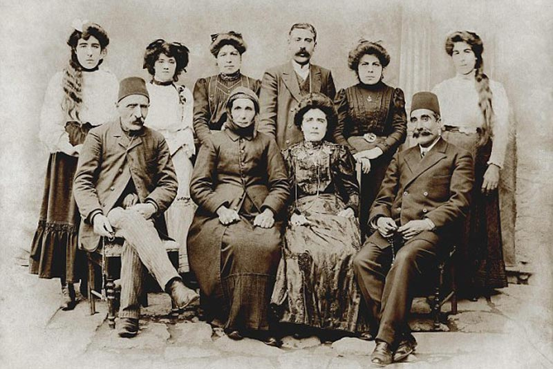 How Did The family of Kim Kardashian escape the Armenian Genocide - Real Story 1