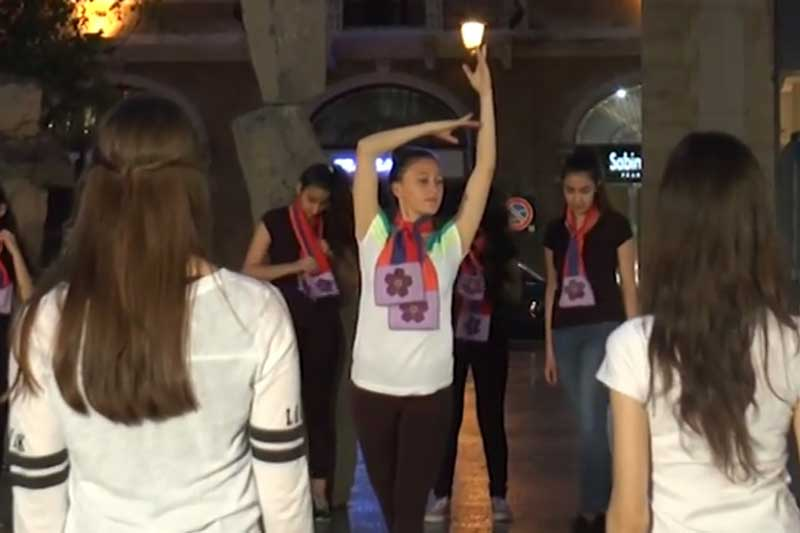 FLash mob: DEDICATED TO THE ARMENIAN GENOCIDE CENTENNIAL 1