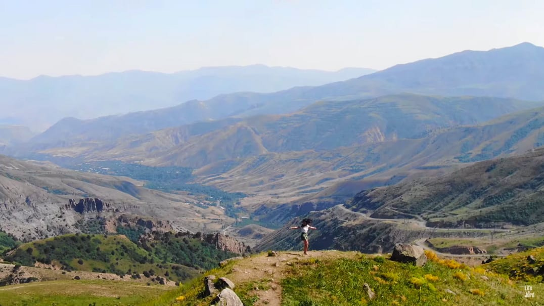 How Did Blogger Jordan Simons Spend His 10 Days In Armenia